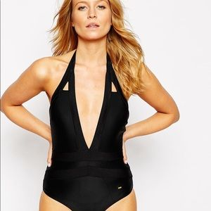 698d9e0df534 Ted Baker Black Halter one piece size S